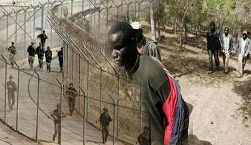 نحو 100 مهاجر في وضعية غير قانونية يحاولون الدخول بالقوة إلى مليلية المحتلة