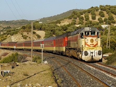 رجل ستيني يلقى مصرعه تحت عجلات القطار بالقصر الكبير