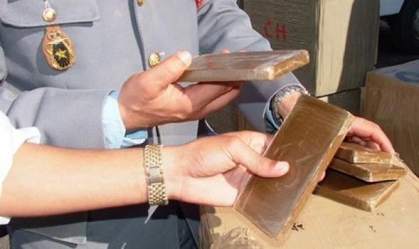 مصالح الجمارك تحجز 38 كلغ من مخدر الشيرا بموقع باب سبتة