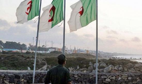 السلطات الجزائرية توقف التنسيق الأمني مع ليبيا لمراقبة الحدود المشتركة
