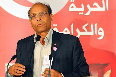 المرزوقي يؤكد أنه سيقبل بمرشح لرئاسة الحكومة التونسية يحظى بإجماع الأحزاب