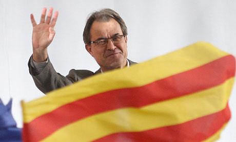 ديون إقيلم كاطالونيا الإسباني يتجاوز عتبة 53 مليار أورو