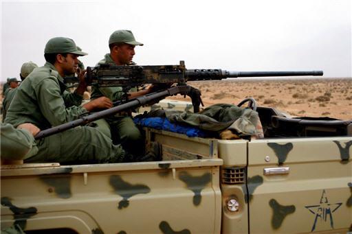 جنود جزائريون يطلقون النار على الحدود المغربية ويخلفون ذعرا بين سكان منتجع السعيدية