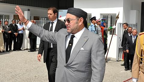 جلالة الملك يغادر مطار فاس متوجها إلى الولايات المتحدة الأمريكية في زيارة رسمية
