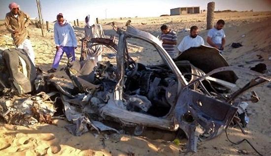 مصرع 10 جنود مصريين في تفجير بواسطة سيارة ملغومة قرب مدينة العريش