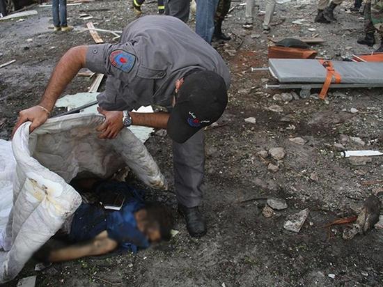 مقتل 32 شخصا في تفجير إرهابي إستهدف سفارة الجمهورية الإيرانية ببيروت