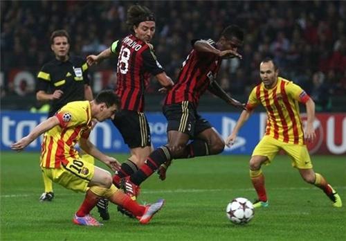 برشلونة يستقبل ميلان في مباراة القمة الكلاسيكية الأوروبية