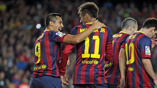 """برشلونة يطبع اسم """"طيران قطر"""" على مقاعد وأركان استاد """"كامب نو"""""""