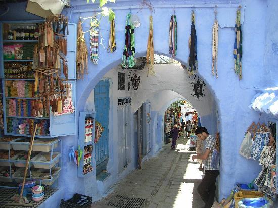 """وفد مغربي من """"الشبكة المتوسطية للمدن العتيقة"""" بالشمال يزور إسبانيا"""