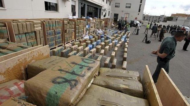 ضبط 110 كيلوغرام من المخدرات واعتقال 18 شخصا بميناء الجزيرة الخضراء