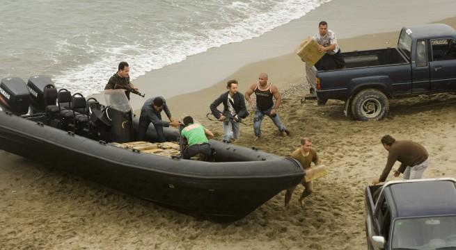 أمنيون مغاربة يحلون بإسبانيا بعد ضبط مخدرات انطلقت من شواطئ تطوان