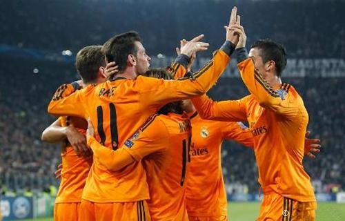ريال مدريد يتأهل عمليا لدور ال16 بتعادله المثير 2-2 مع يوفنتوس