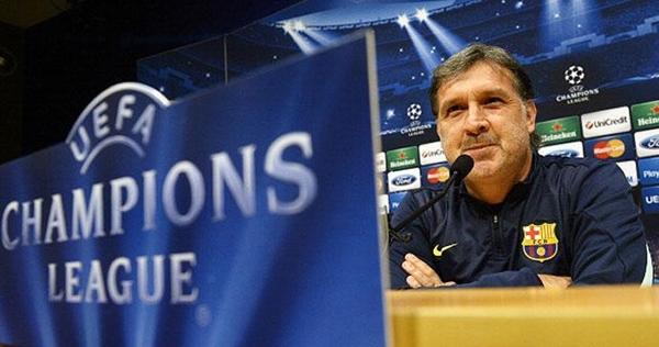 مارتينو يرد على الانتقادات الموجهة لبرشلونة