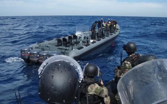 حجز أزيد من طن ونصف من المخدرات في خليج الجزيرة الخضراء