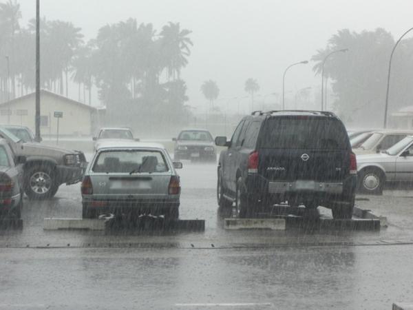 أجواء ممطرة وبحر قوي الهيجان غدا الأحد بمدينة طنجة