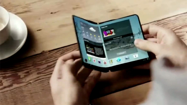 سامسونج تطلق أجهزة ذكية بشاشات قابلة للطي في 2015
