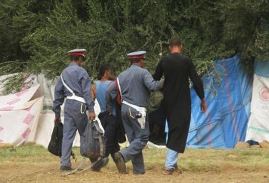 عناصر الدرك الملكي توقف تاجري مخدرات بأخطر دواوير القصر الكبير
