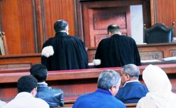 إيقاف محاميين عن مزاولة المهنة بالعرائش لجلبهم الزبناء بطرق غير شرعية