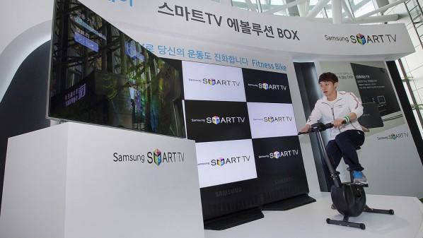 """شركة """"سامسونج"""" تعلن عن إمكانية التحكم بالأجهزة المنزلية بواسطة التلفاز الذكي"""