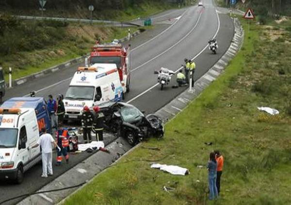 مقتل أربعة أفراد من أسرة مغربية واحدة في حادثة سير بضواحي برشلونة