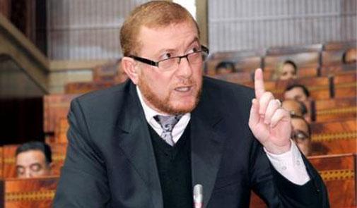 بوليف: وزارة النقل تستعد للتعاقد بشأن سيارات أجرة جديدة تتكون من ثمانية مقاعد