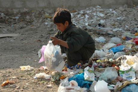 حصاد: تراجع معدل الفقر بـ 50 % في الجماعات التي شملتها المبادرة الوطنية للتنمية