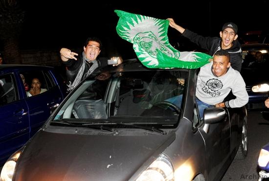 فرحة كبيرة تعم شوارع مدينة طنجة بعد الإنجاز التاريخي للرجاء البيضاوي