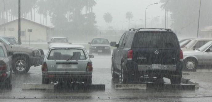 نشرة إنذارية تحذر من أمطار عاصفية ستهم مدن طنجة وأصيلة والعرائش وشفشاون