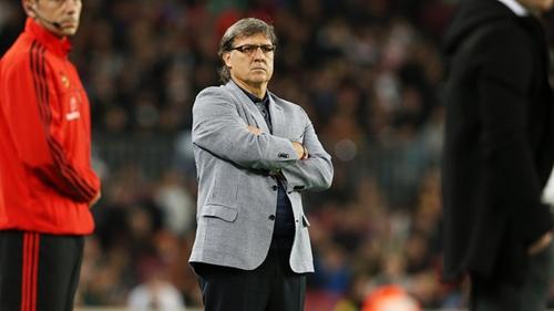 مارتينو يريد الرحيل عن برشلونة