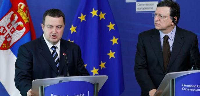 انطلاق المفاوضات ببروكسيل بشأن انضمام صربيا للاتحاد الأوروبي