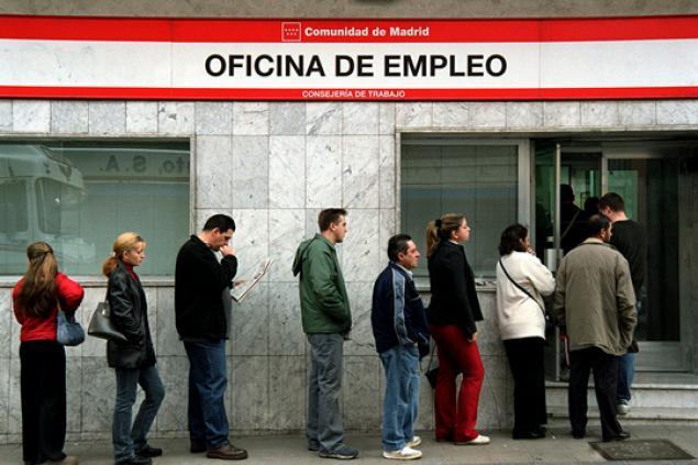 انخفاض عدد العاطلين عن العمل بإقليم كاطالونيا بنسبة 3.41 في المائة