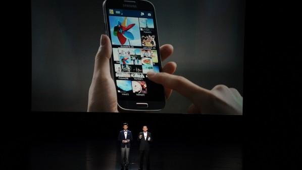 """شركة """"سامسونج"""" تعتزم إطلاق تصميم جديد لواجهة المستخدم """"تتش ويز"""""""