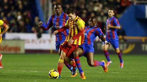 برشلونة يتعثر خارج الديار بتعادله امام ليفانتي