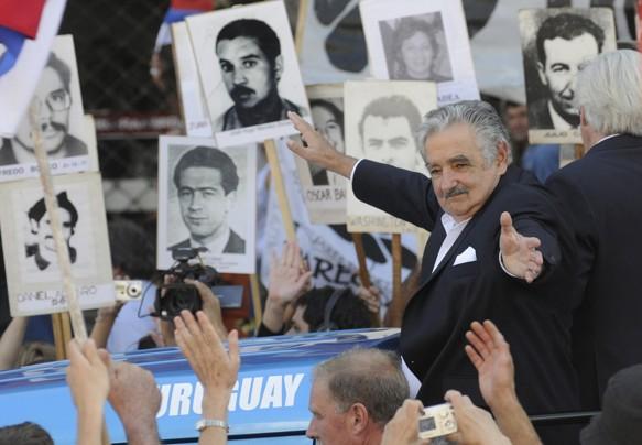 خلافات تعصف بالائتلاف الحاكم في الأوروغواي بسبب إستغلال الوزراء لنفوذهم