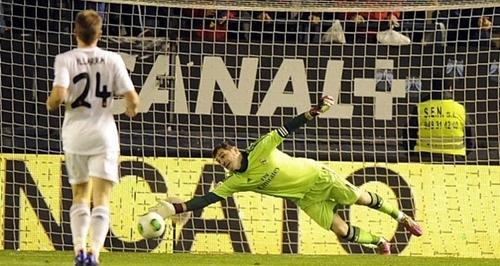 كاسياس يحافظ على نظافة شباكه في خمس مباريات متتالية