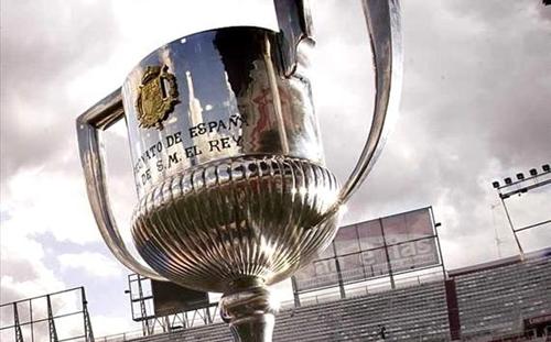 القرعة توقع برشلونة في مواجهة فالنسيا في نصف نهائي كأس ملك إسبانيا