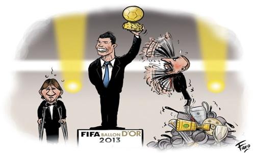 """""""فرانس فوتبول"""" تسخر من فوز رونالدو بالكرة الذهبية"""