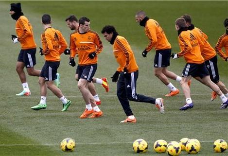 ريال مدريد يسعى لصدارة الليغا مؤقتا في مواجهة غرناطة