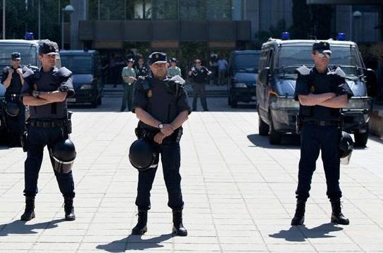 """إسبانيا تعتقل مغربيا متهما بالمشاركة في تنظيم """"داعش"""" والاقتتال في وسوريا"""