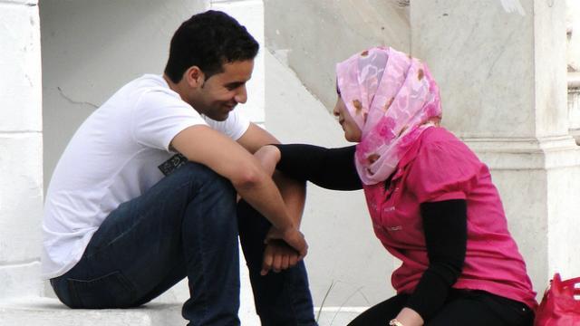 """المغرب : مجتمعون على الحب.. مختلفون على """"الفالنتاين"""""""