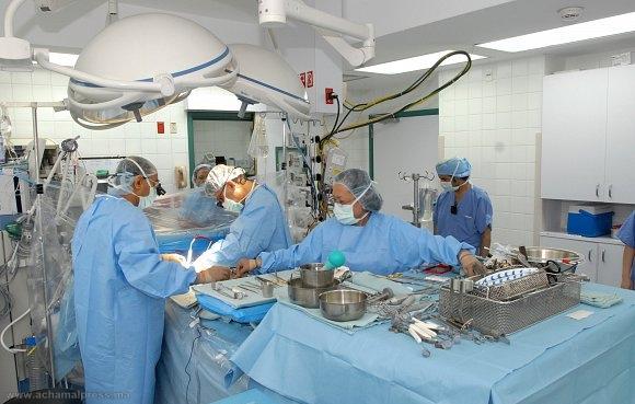 إجراء أول عملية جراحية بالمستشفى الإقليمي بشفشاون لزرع ورك اصطناعي