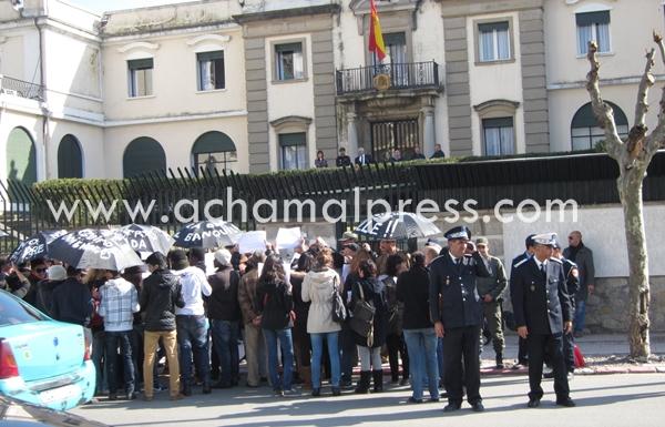فعاليات حقوقية تطالب من طنجة بتغيير طريقة تعامل إسبانيا مع المهاجرين السريين