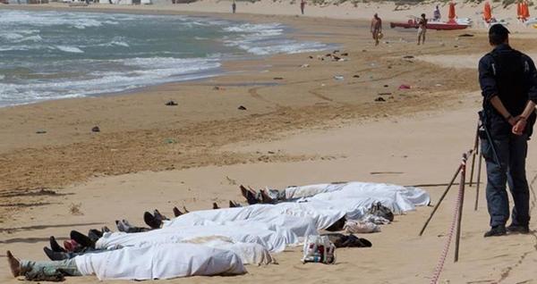 القضاء الاسباني يطالب المغرب بنتائج تشريح جثث أفارقة قضوا غرقا بباب سبتة