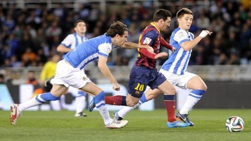 """برشلونة يتعادل مع ريال سوسييداد ويعلن عن """"كلاسيكو"""" جديد"""