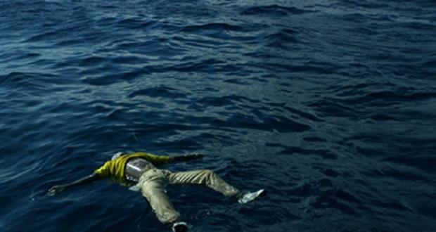 البحر يلفظ خمس جثث لمهاجرين سريين بعرض السواحل المتوسطية