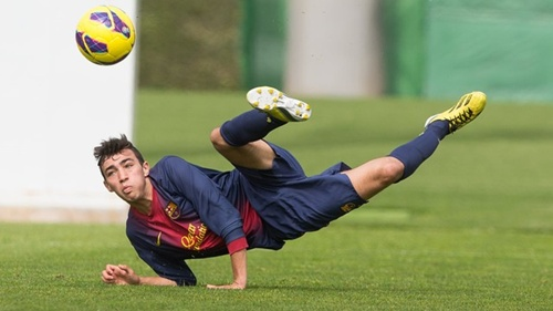 """النجم المغربي الواعد منير الحدادي يختار اللعب لمنتخب """"لاروخا"""" بدل المغرب"""