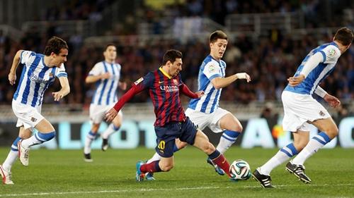 ميسي يسعى لتحقيق فوزه رقم 200 مع برشلونة على حساب سوسييداد