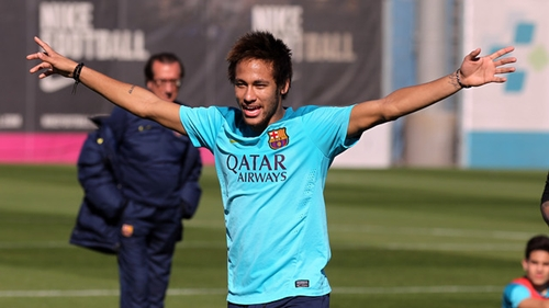 نيمار في طريقه للمشاركة مع برشلونة أمام سيتي