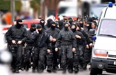 مداهمات أمنية هوليودية لشقق بطنجة تثير الرعب والهلع بين سكان المدينة