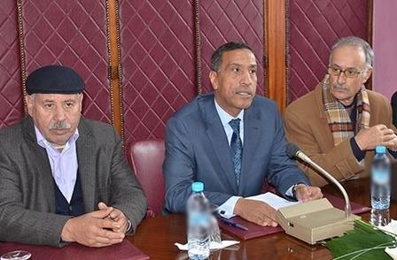 ثلاث مركزيات نقابية تؤكد على ضرورة التعجيل بفتح تفاوض جماعي مع الحكومة